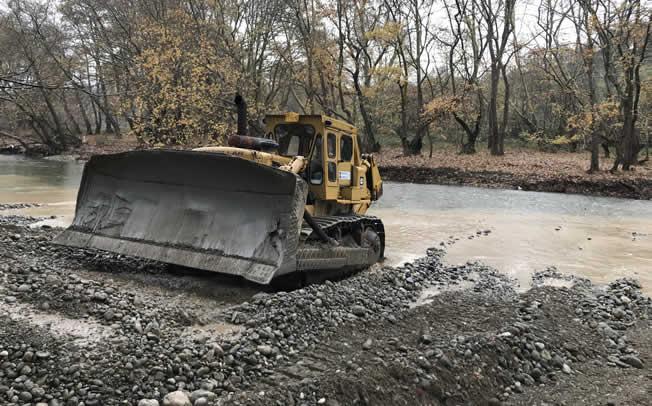 Συνεχίζονται από την Περιφέρεια Θεσσαλίας τα έργα για την αποκατάσταση της βατότητας στο οδικό δίκτυο της Ανατολικής Αργιθέας