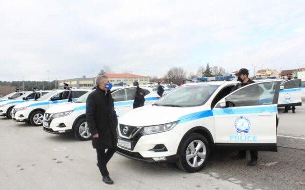 Παραδόθηκαν 68 νέα αυτοκίνητα για την ενίσχυση του στόλου των αστυνομικών υπηρεσιών της Περιφέρειας Θεσσαλίας