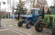 ΕΟΑΣΚ: Οι αγρότες βγάζουν την Κυριακή τα τρακτέρ στις πλατείες των χωριών τους