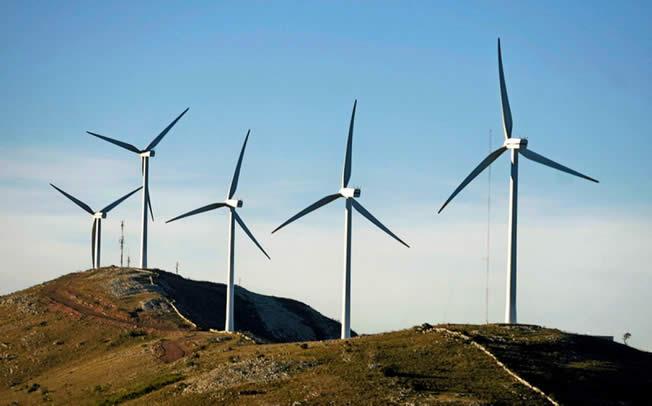 Λαική Συσπείρωση Θεσσαλίας: Όχι στα φωτοβολταικά και αιολικά των επιχειρηματιών