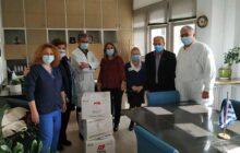 Προσφορά χειρουργικών μασκών από το παράρτημα Καρδίτσας της Αντικαρκινικής εταιρείας